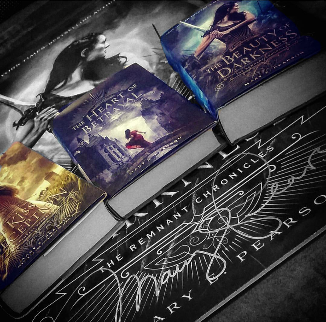 Remnant Chronicles